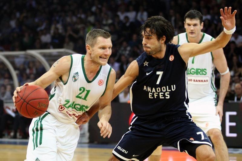 """Išskirtinis reportažas: M. Brazys analizavo """"Anadolu Efes"""" žaidimą"""