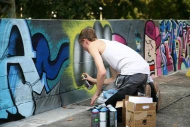 Pareigūnai buvo sulaikę grafitininkus