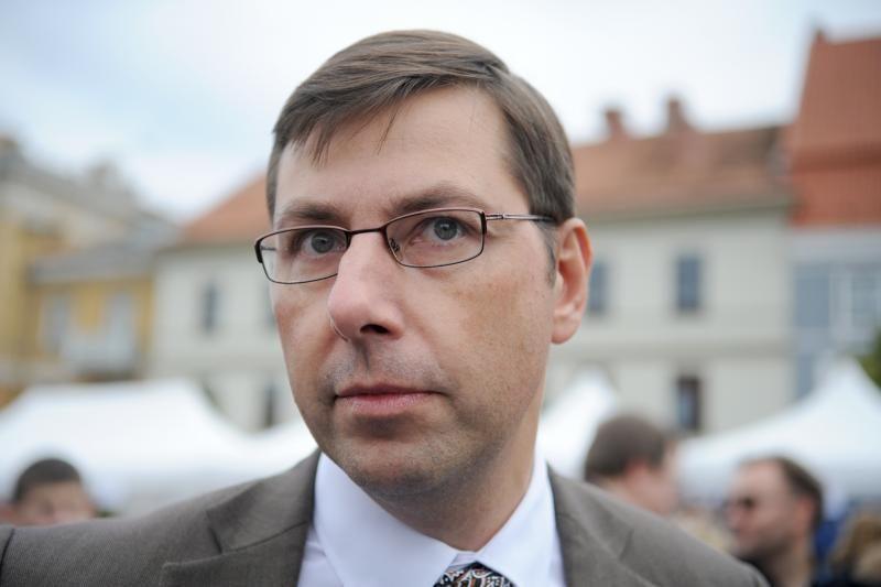 G. Steponavičiaus kritikos strėlės - permainoms švietimo sistemoje
