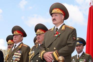 Baltarusijos opozicijos protestuotojai ragino surengti sąžiningus prezidento rinkimus