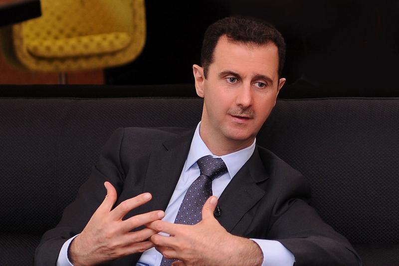Pranešama, kad dezertyravo al Assadui artimas generolas