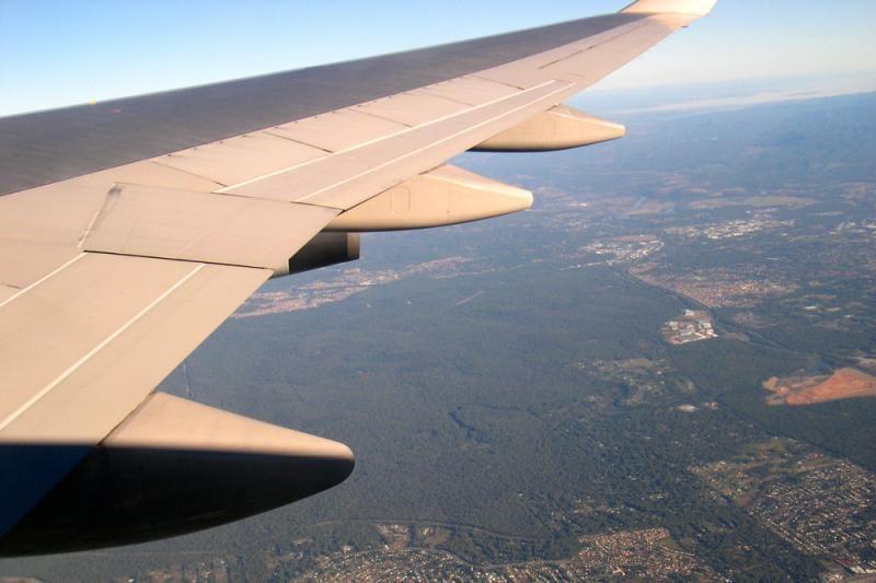 Tyrimas: keliaujančių lėktuvais ateityje tik daugės