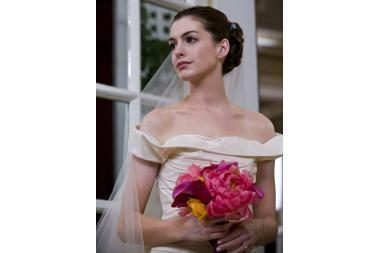 Karingoji nuotaka Anne Hathaway norėtų ištekėti