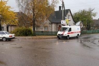 Policija ieško moterį mirtinai sužalojusio vairuotojo (papildyta)