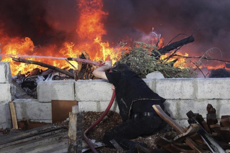 """JAV: dar """"nėra išvados"""", kad Sirijoje naudojami cheminiai ginklai"""