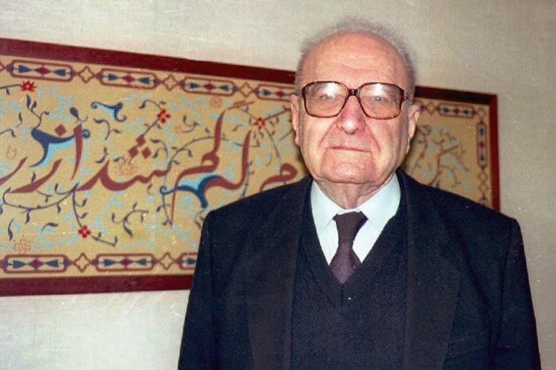 Prancūzijoje mirė žydų Holokausto faktus neigęs filosofas R.Garaudy