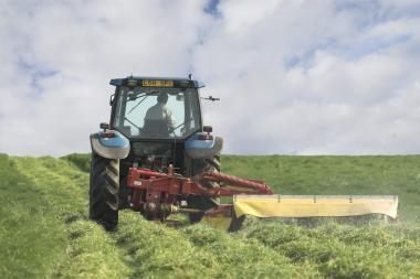 Lietuvoje populiariausi baltarusiški traktoriai