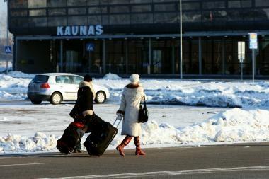 Kaip keitėsi keleivių srautas šalies oro uostuose?