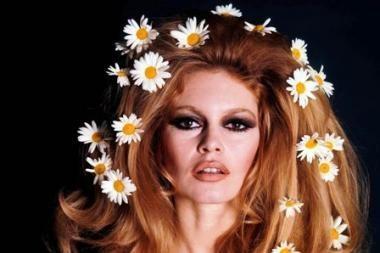 Brigitte Bardot palikusi ketvirtą vyrą sugrįžo į Sen Tropezą