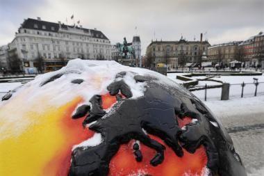 Klimato kaitos derybos baigtos: ne šilčiau kaip 2 laipsniais Celsijaus