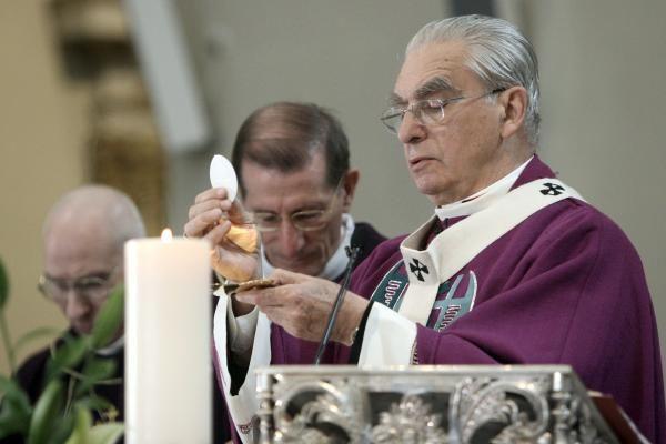 Kardinolas A. J. Bačkis atsisveikino su tikinčiaisiais