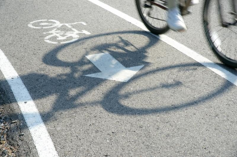Teismas nesušvelnino bausmės dviratininką užmušusiam policininkui