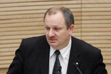 Pagėgių meras, siūlydamas apdovanoti savo brolį K.Komskį, supainiojo interesus