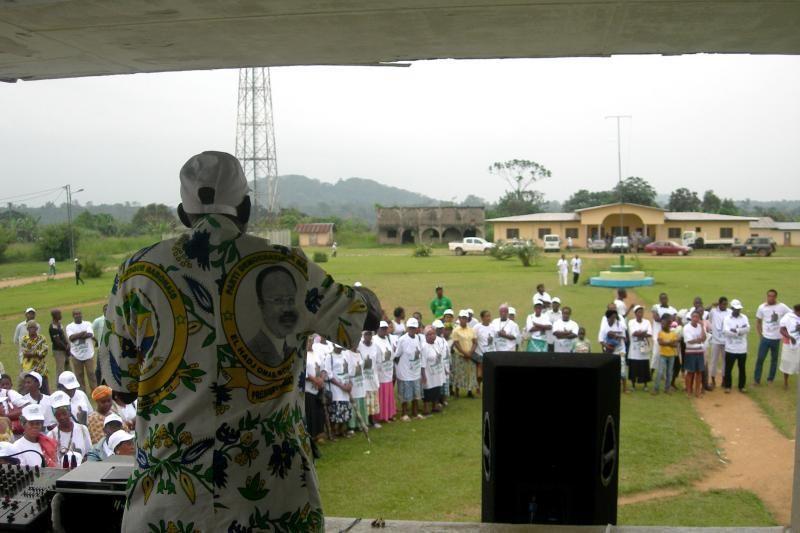 Gabone šeštadienį prasidėjo parlamento rinkimai