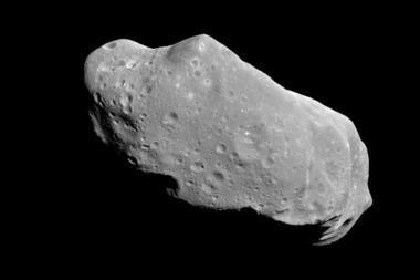 Pro žemę skries asteroidas