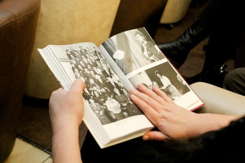 Pristatyta legendinės diktorės G. Bigelytės kūrybos knyga