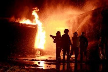 Prahoje per gaisrą žuvo aštuoni benamiai