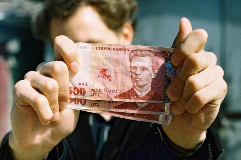 Prašo tirti, ar Ligonių kasa padarė trečdalį milijono litų skolos