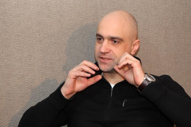 """Klaipėdoje - diskusija apie sienų marginimo """"meną"""" su Algiu Greitai"""