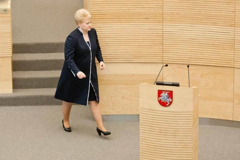 D.Grybauskaitė teigia pastebinti bandymus gaivinti finansinį populizmą