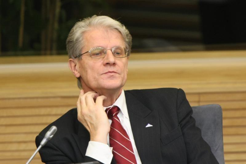 Komisija pateisino M.Zasčiurinsko išlaidas automobilio remontui