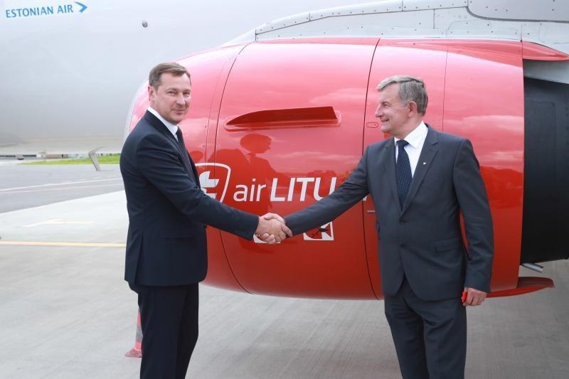 """Skrydžiui į Briuselį pakilo pirmasis """"Air Lituanica"""" lėktuvas"""