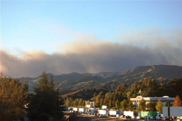 Kalifornija skendi gaisruose
