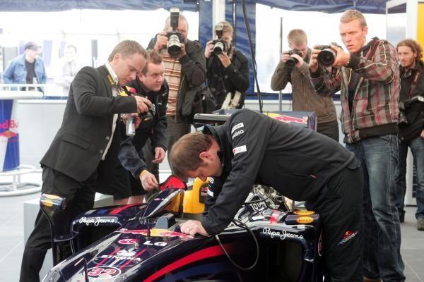 Davidas Coulthardas užvedė