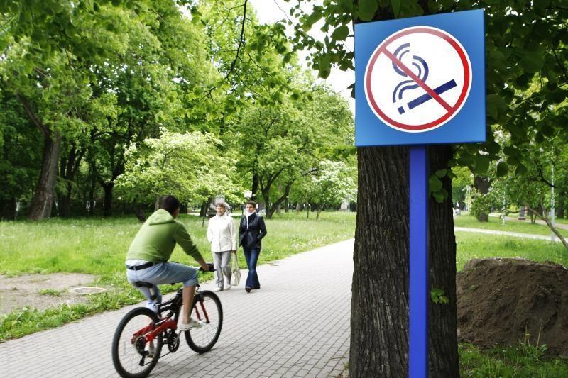 Klaipėdoje rūkantiems nepilnamečiams teks mokėti baudas