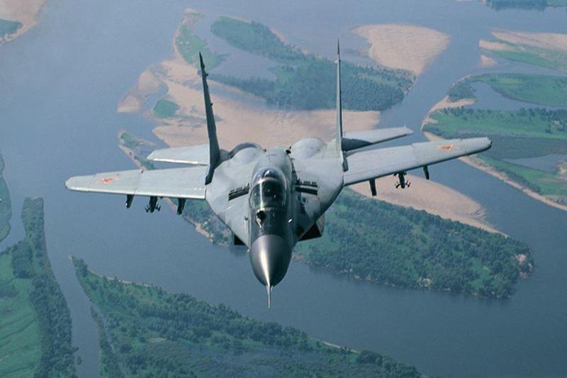 NATO pratęsė oro policijos misiją Baltijos šalyse (papildyta)