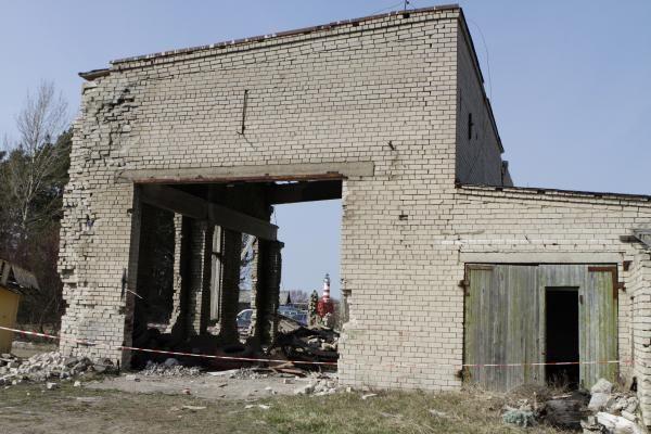 Šventojoje po griuvėsiais žuvo žmogus (papildyta)