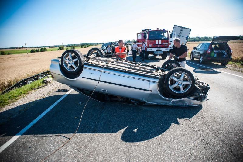Painiava dėl avarijos kaltininkų, keliamos skirtingos versijos