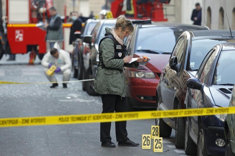 Paryžiuje prie Indonezijos ambasados sprogo pakete paslėpta bomba