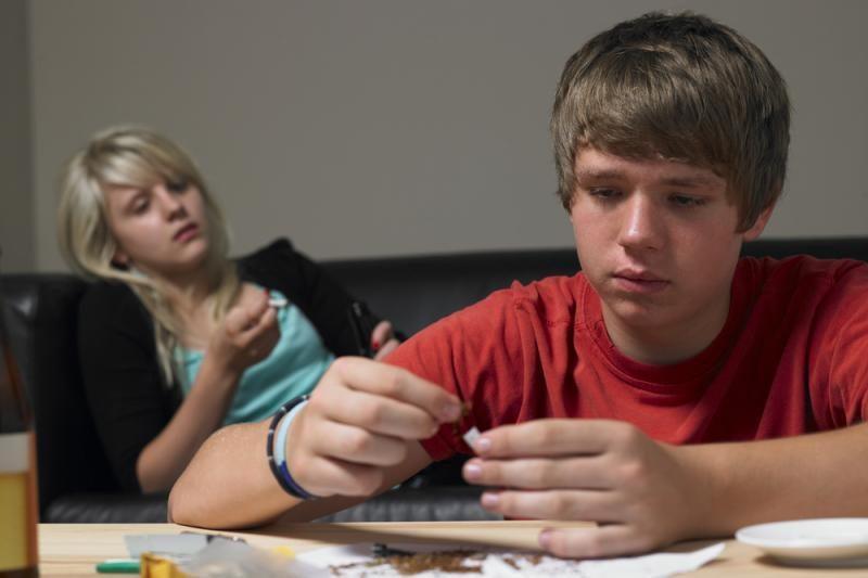 Paauglių tėvus kviečia į paskaitą Klaipėdoje apie narkotikus