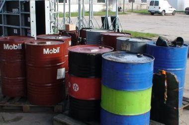 Vilniuje rasta 1 tona 750 litrų nelegalaus dyzelino