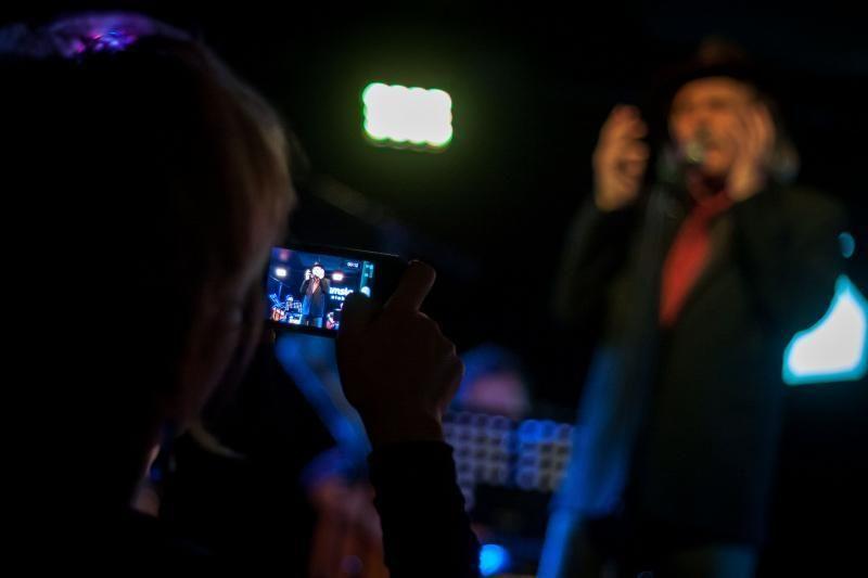 Užburiantis aktoriaus R. Šerbedžijos koncertinis vakaras Vilniuje