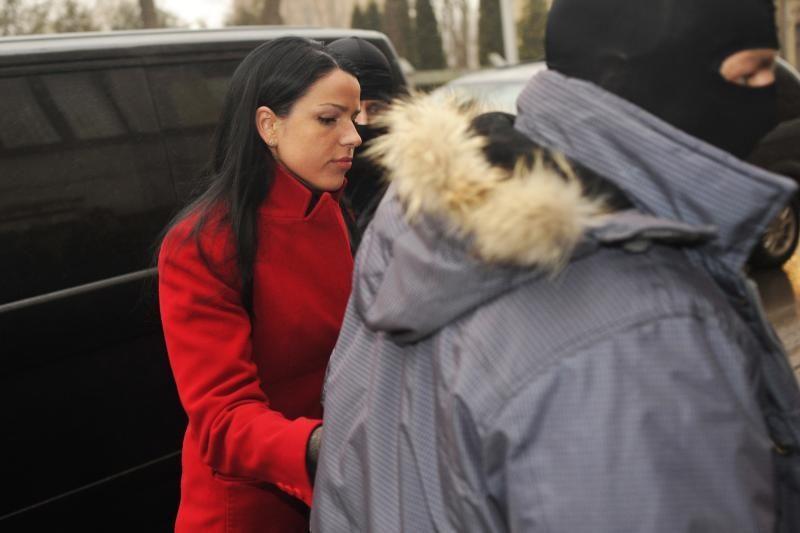 Teismas: dukra L.Stankūnaitei turi būti grąžinta