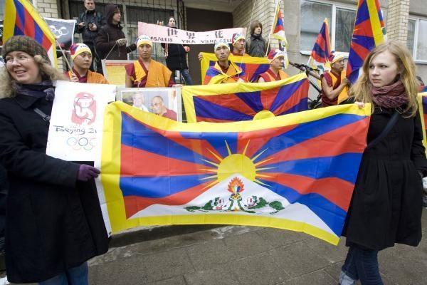 Tibeto rėmėjai protestavo sostinėje