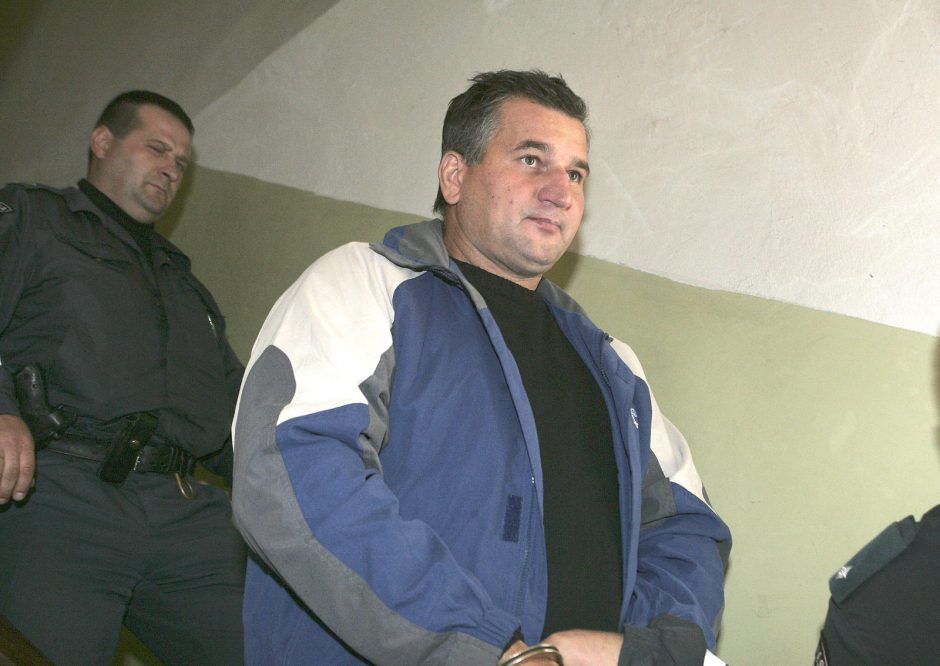 Išžaginimu kaltinamam policininkui pasiūlyta 5,5 metų nelaisvės