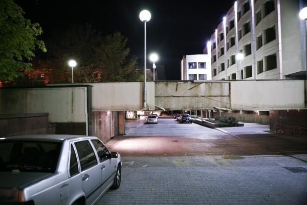 Krovininis automobilis apgadino Vyriausybės rūmus