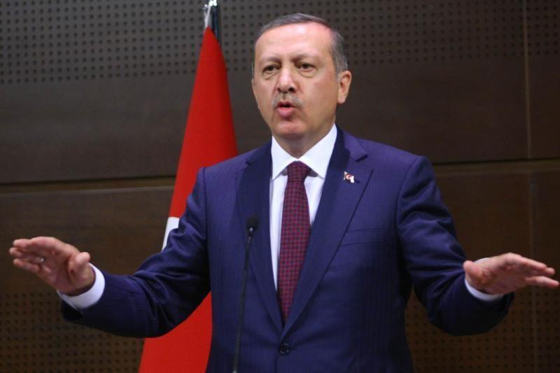 Turkijos premjeras pristatė naujos sudėties ministrų kabinetą