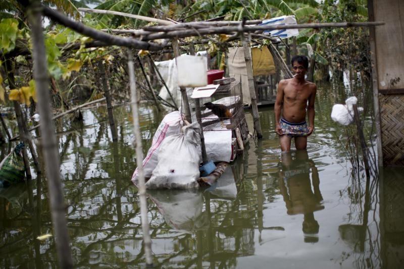 Filipinuose taifūnai pareikalavo daugiau kaip 100 žmonių gyvybių