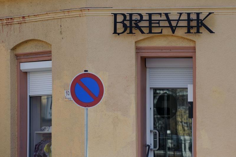 """Parduotuvė """"Brevik"""" dėl pavadinimo sulaukė visuomenės nepasitenkinimo"""