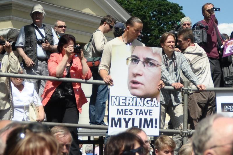 Teisėjų taryba siūlo prezidentei atleisti N.Venckienę iš pareigų