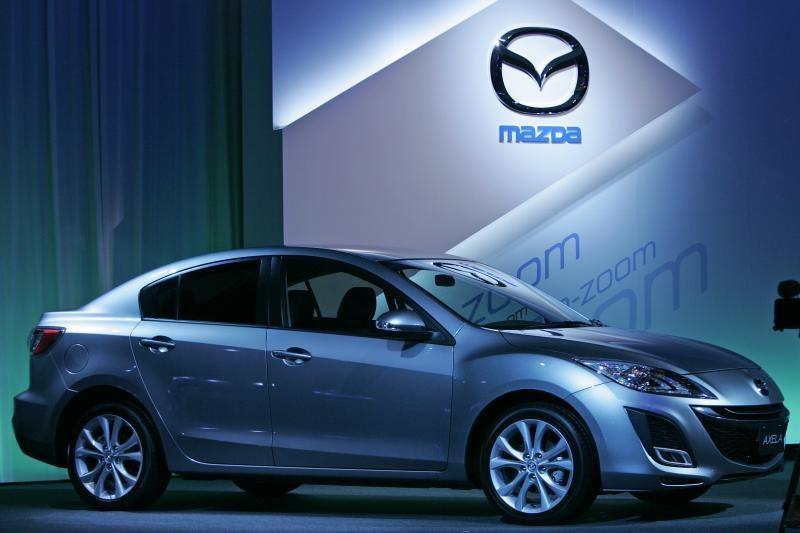 """Naujos kartos """"Mazda3"""" tikisi """"prigyti"""" Europoje"""