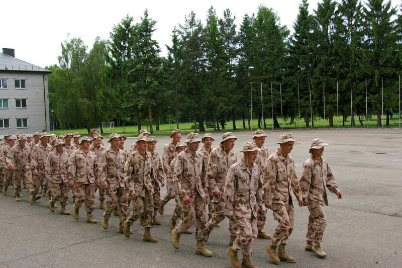 Dragūnų batalione Klaipėdoje - parengtojo rezervo karių pratybos