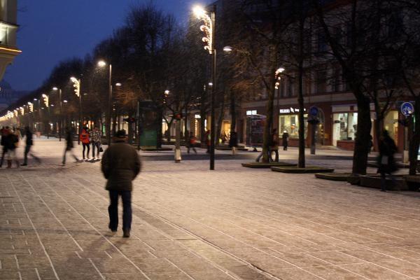 Švenčių laukiantis Kaunas - sušalęs, savas, kuklus