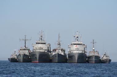 Baltijos jūroje vyksta tarptautiniai kariniai mokymai