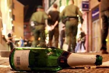 Naujametinė naktis Vilniuje: policija primena už ką baudžiama