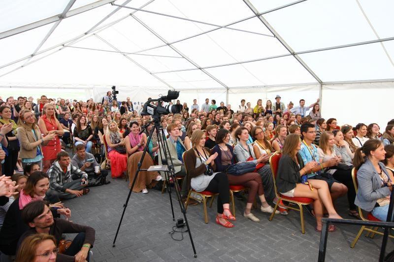 Emigravęs jaunimas pasvarsto apie sugrįžimą